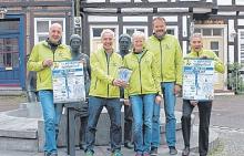 Freuen sich auf den Nienburger Spargellauf am 20. Mai: Carsten Kühlcke, Henrich Meyer zu Vilsendorf, Silvia und Manfred Kettel sowie Andreas Hildebrandt vom Organisationsteam